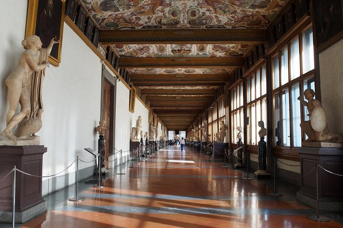 Uffizi Gallery Private Tour with 5 Stars Guide photo 6