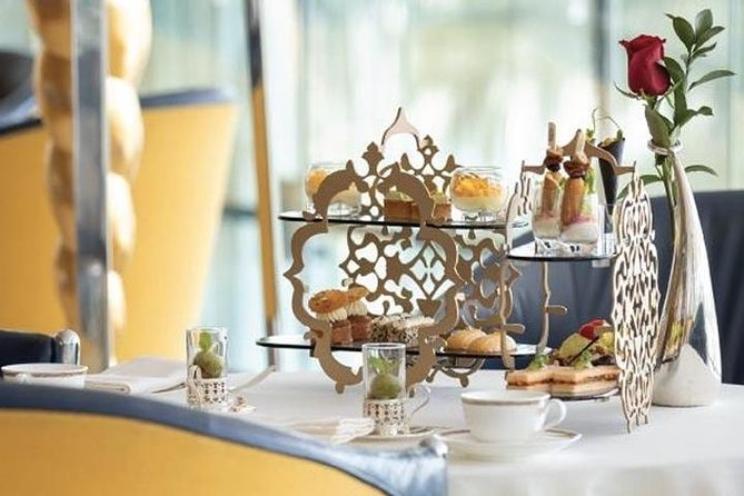 Afternoon Tea in Sahn Eddar - Burj al Arab