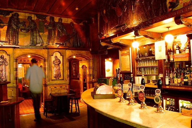 Private Tour of London's Historic Pubs