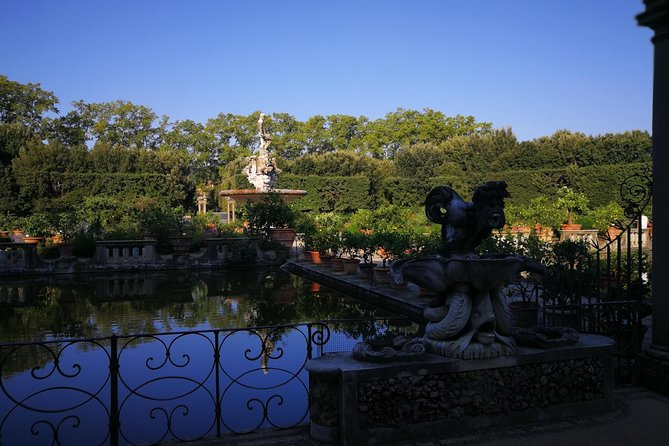Pitti Palace, Palatina Gallery and Boboli Gardens Small Group Tour