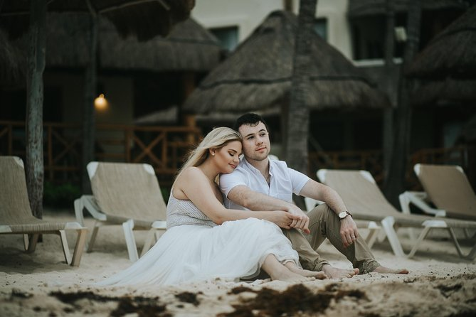60 Minute Private Vacation Photography Session with Local Photographer in Playa del Carmen photo 2
