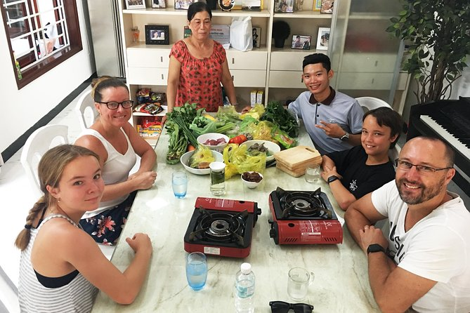 Hoi An Cooking Lesson with a Local Family