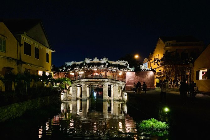 Hoi An By Night With Home Host Meal And Boat Trip photo 2