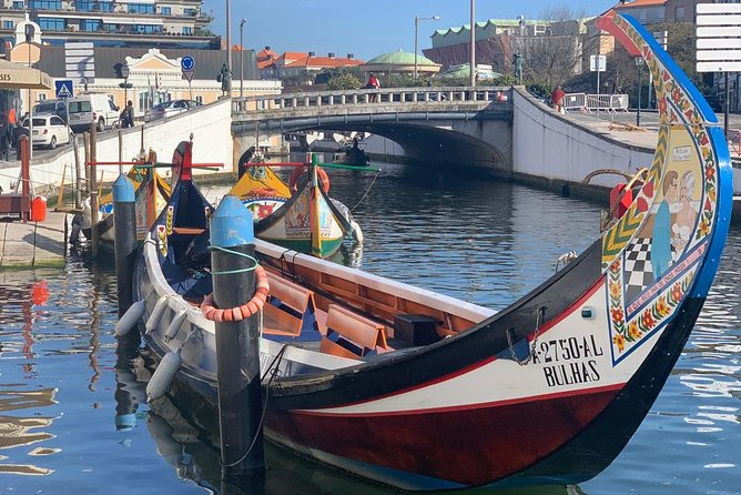 Aveiro and Costa Nova small-group half-day tour from Porto with river cruise photo 4