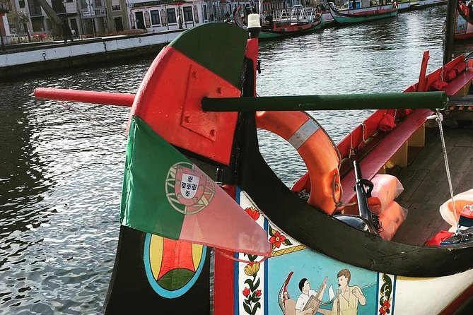 Aveiro and Costa Nova small-group half-day tour from Porto with river cruise photo 3