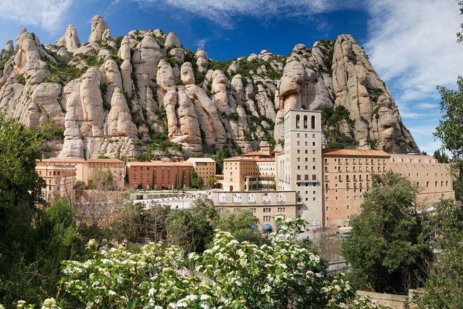 Montserrat & Sagrada Família in a Day with Express Access & Private Coach Trip
