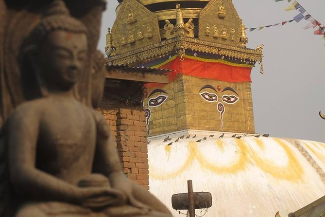 Half day sightseeing Kathmandu ( Swaymbunath stupa and Pasupati temple)