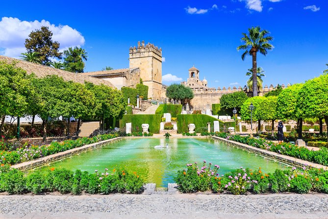 Alcázar Reyes Cristianos: Official Tour with Tickets