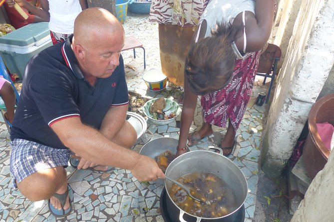 Private Full-Day Gambian Home Cooking Experience in Banjul photo 3