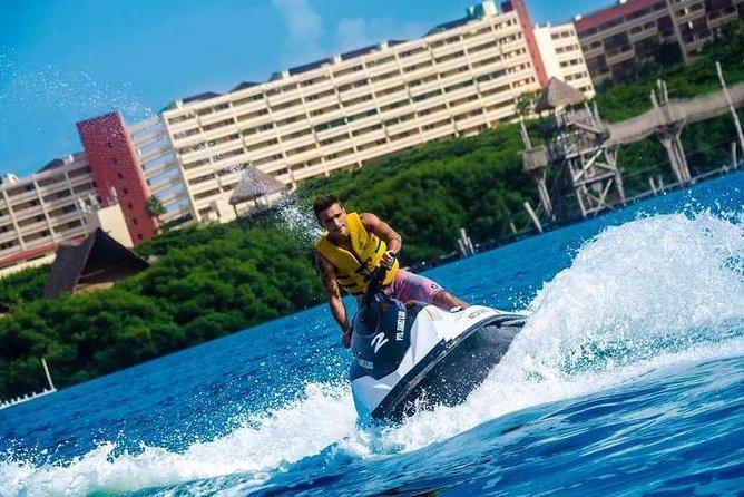 Waverunner Ride in Cancun