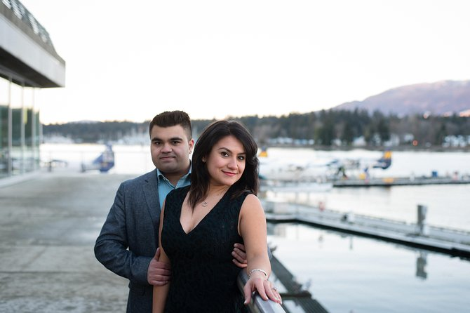 60 Minute Private Vacation Photography Session with Local Photographer in Vancouver photo 6