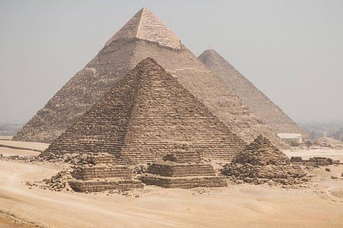 Full day tour from Cairo : giza pyramids , Sphinx , Memphis city ,and Sakkara photo 7