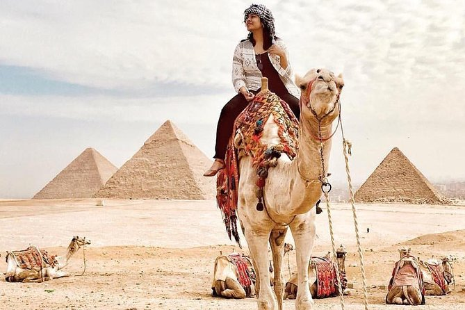 Full day tour from Cairo : giza pyramids , Sphinx , Memphis city ,and Sakkara photo 9