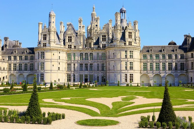 LOIRE VALLEY: CHAMBORD CASTLE EXPRESS by train (avoid traffic jams)