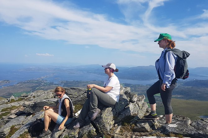 Thrilling Atlantic Road trip with hiking, beach and driving