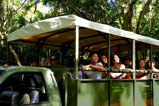 Kualoa Ranch - Jungle Expedition Tour