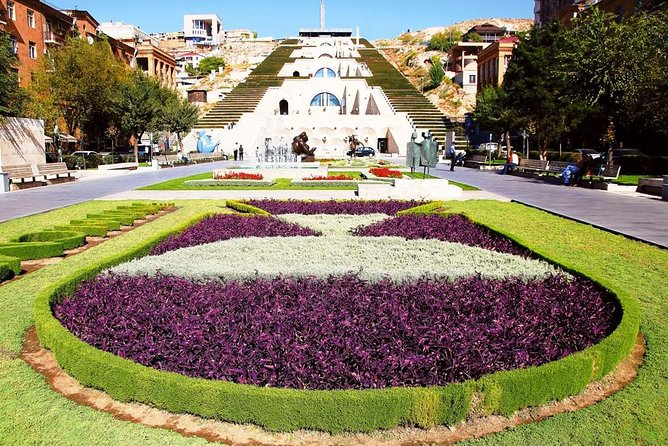 Private sightseeing and walking tour in Yerevan