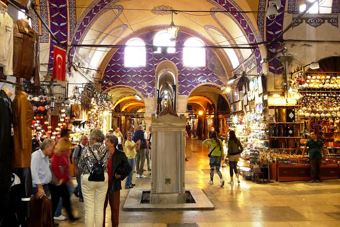 Small-Group Grand Bazaar Shopping Tour in Istanbul photo 2