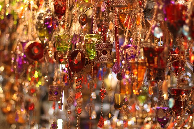 Small-Group Grand Bazaar Shopping Tour in Istanbul photo 9