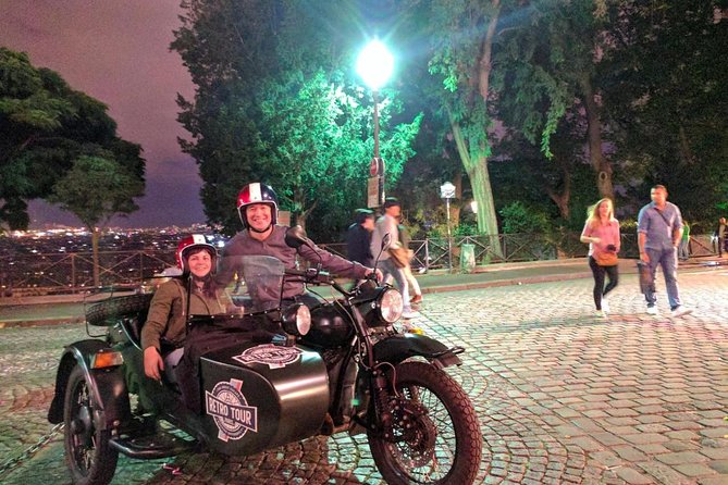 Private Visit of Paris By Night : Romantic Tour on a Sidecar URAL