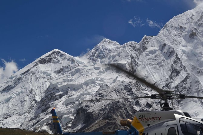Everest base camp Landing Helicopter Tour
