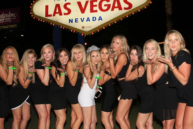 Las Vegas Bachelor & Bachelorette Strip Club Crawl by Party Bus