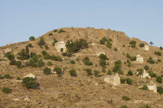 Aegina - Walking Tour At Paliachora ( Mediavil Capital Of Aegina )
