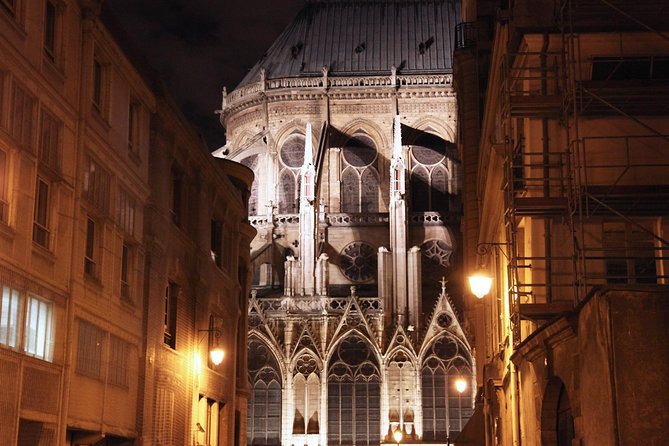 Ghosts, Mysteries and Legends Night Walking Tour of Paris photo 2