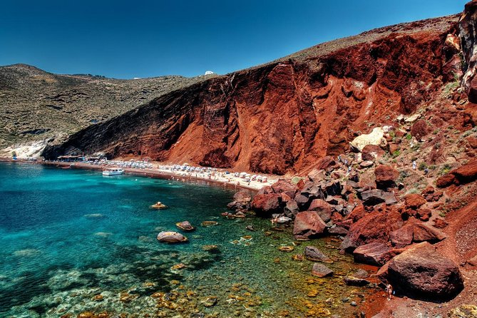 Discover Santorini with us (5 hour private tour south side)