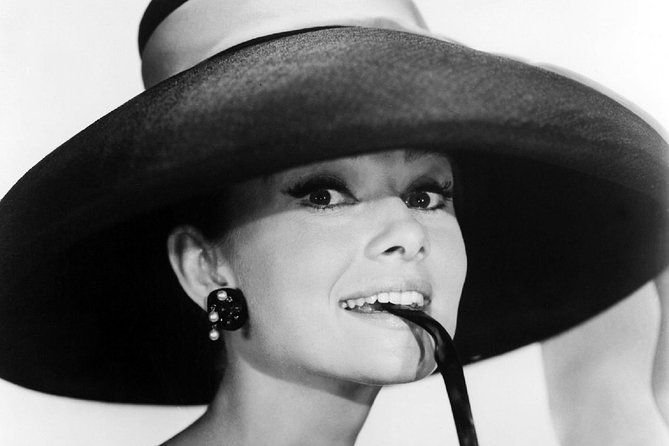 Through Paris in the footsteps of Audrey Hepburn Walking Audio Tour by VoiceMap