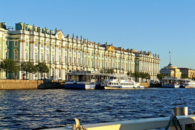 Light 2-Day Shore Excursion in St Petersburg with Canal Cruise