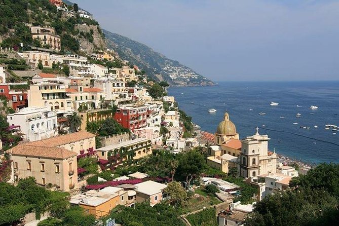 amalfi coast full day by Mercedes mini van and English speaking driver