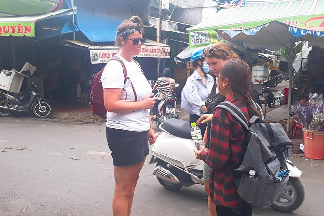 Afternoon Experience & Street Food By Motorbike