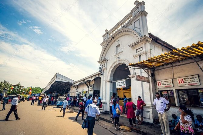 Private Colombo City Tour by Car - 06 Hours