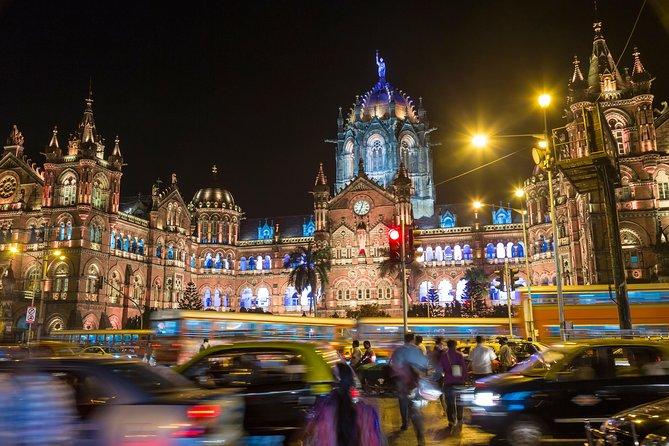 Mumbai Night Tour in Private Vehicle