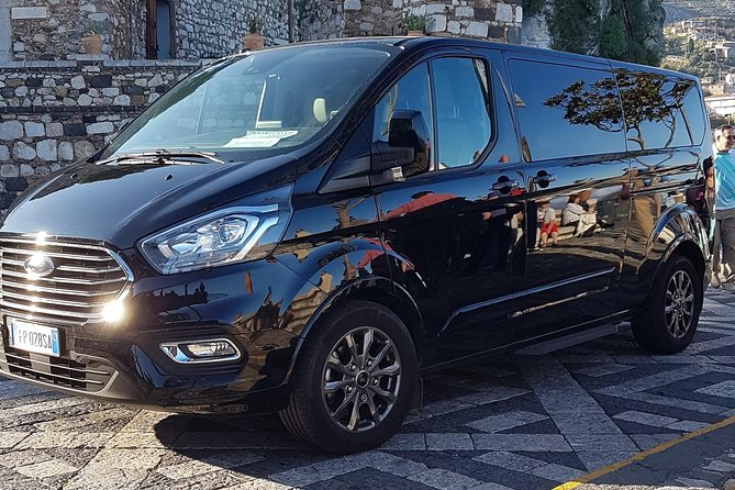 Private Transfer from Messina to Catania Airport in Mini Van Luxury