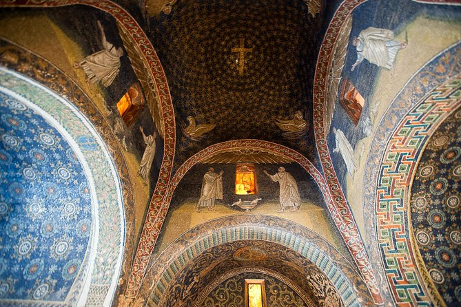 Wonderful Ravenna, visit 3 UNESCO sites with a local guide on a private tour