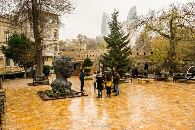 Oil Heritage & Old Town Walking Tour of Baku
