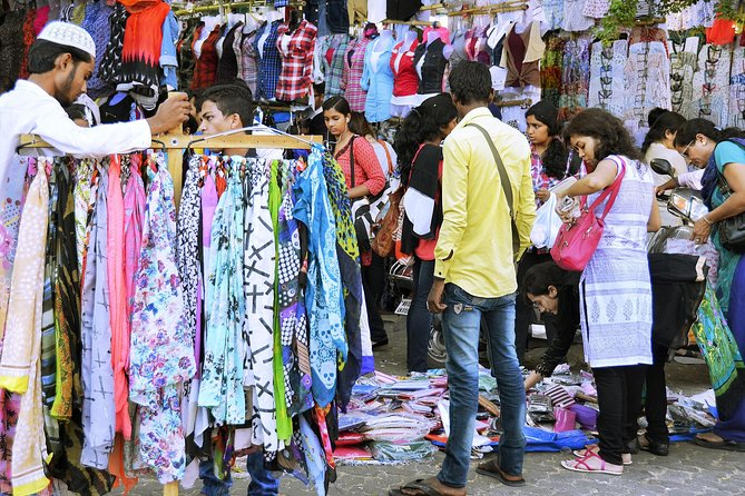 Mumbai Shopping Tour in Private Vehicle