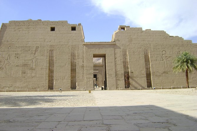 Valley of the Queens, Habu Temple and Deir Elmadina Temple