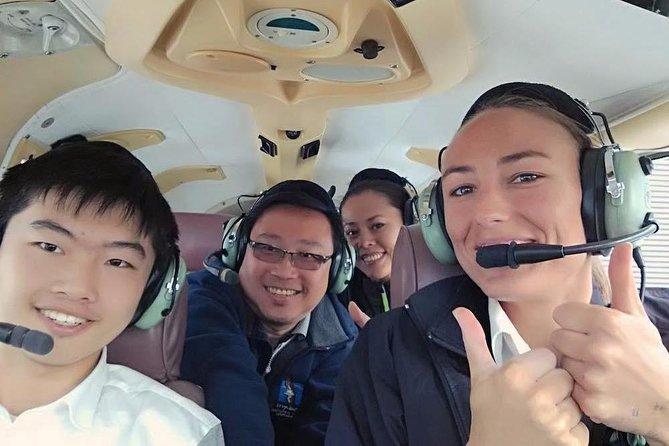 Golden Bay Highlights 55 minute Scenic Flight from Takaka - 11.20 am daily