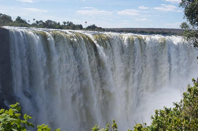 5 Day Victoria Falls and Hwange National Park Accommodated Tour Safari