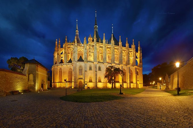 Private Trip To Kutna Hora And To Sedlec Ossuary With 3-courses Tasting Lunch