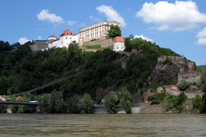 Passau - Castle tour with viewpoint Linde Battery & the St Georges Chapel