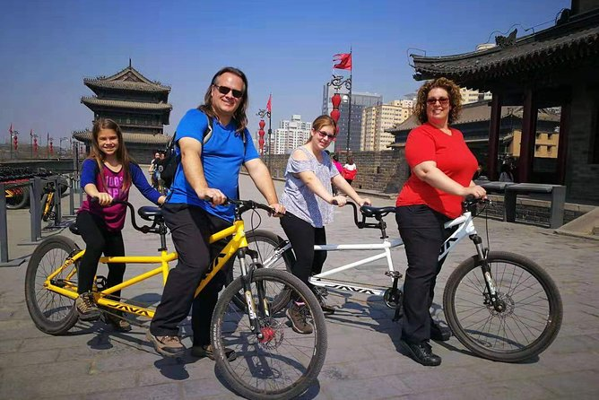 Xi'an City Wall Morning Cycling and Market Walking Tour photo 11