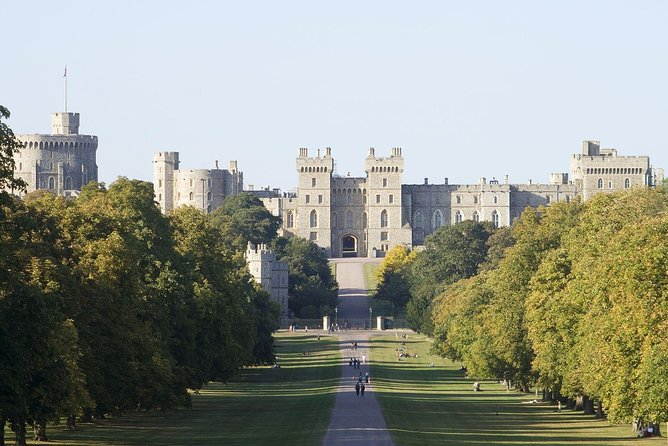 Windsor Castle Tour from London with Lunch photo 11