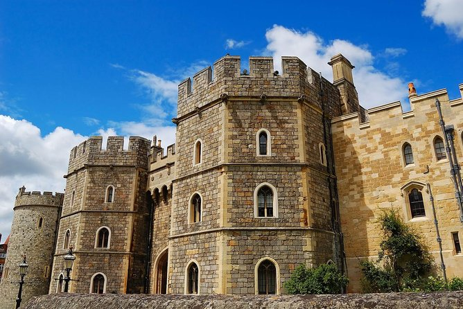 Windsor Castle Tour from London with Lunch photo 4