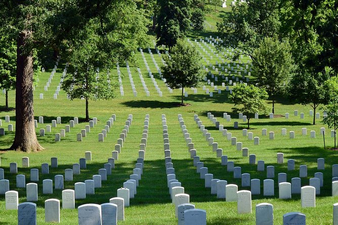 Arlington Cemetery & American History Museum Guided Combo Tour - Private Tour