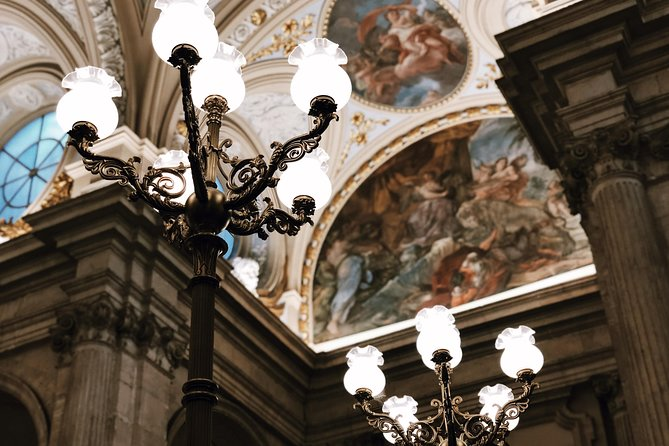 Skip-the-Line Palacio Real de Madrid Guided Palace Tour - Private Tour photo 10