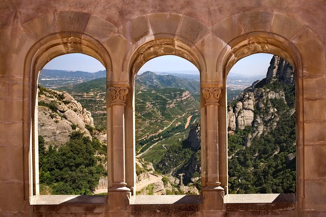 Barcelona & Montserrat: ultimate small-group tour with pickup and skip-the-lines photo 4